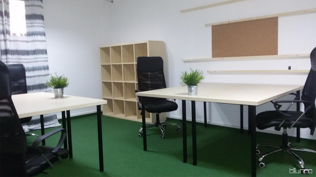 urządzone biuro dla małej firmy Warszawa